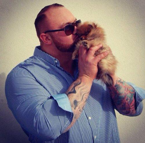 Seriously, Hafþór Júlíus Björnsson is freaking adorable doting on his puppy...